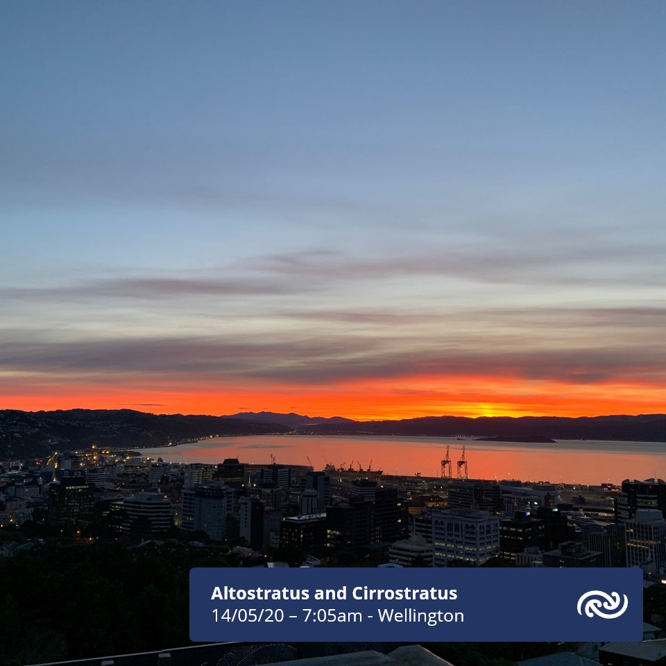 Here's our view from the MetService HQ here in Kelburn, of the sunrise this morning. Layers of altostratus and cirrostratus clouds decorating the sky, welcoming us to Level 2. ^AB