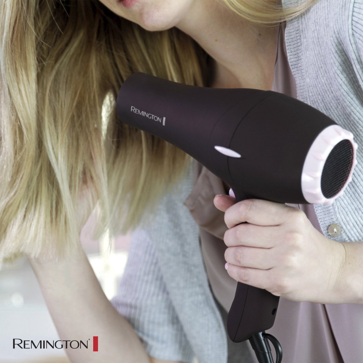 Experiment with your look to find the styles your hair loves!​ Choose from three heat settings and two speeds with the REMINGTON® Pearl Ceramic Hair Dryer.​ When you're done drying, set your style with the Cool Shot.​ ​Available online at Walmart: https://t.co/yA3skg4y6f https://t.co/SJ9kkyJRRh
