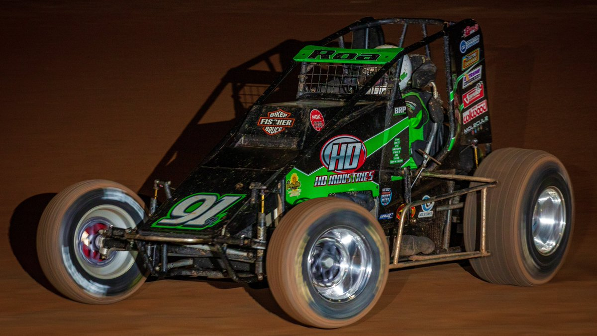 Brody Roa is one of the top gunslingers of the USAC western Sprint Car scene and this Friday, May 15, he's the guest on a new episode of #InsideTheRide with host @Rob_Klepper on @FloRacing!  Story:  http:// usacracing.com/component/k2/i tem/9233-brody-roa-the-guest-on-inside-the-ride-friday-on-floracing   …     https:// bit.ly/2RWf0ks        @Adam_Mollenkopf<br>http://pic.twitter.com/qonVTycUGU