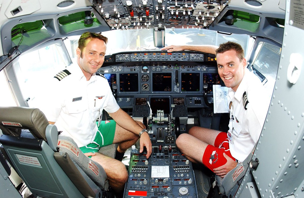 Our Pilots pioneering what would become the unofficial (yet globally recognised) Zoom meeting uniform of 2020.   When you've got to be in the sky at 8, but the beach by 10  #BusinessCasual #ThrowbackThursday pic.twitter.com/K3JJDczTSQ