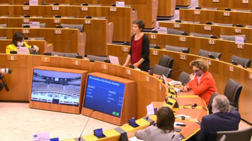 We need a people- & planet-centred recovery from the various crises our Union faces: social inequalities crisis, climate & biodiversity crises & public health crisis. EU must create the most ambitious social, economic & environmental transformation, @SkaKeller #EPlenary