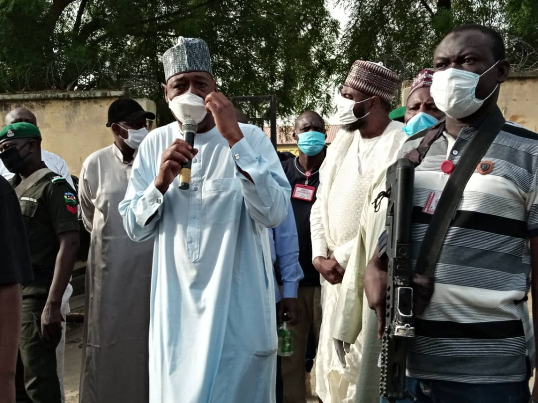 Lockdown: 6,000 get food as @ProfZulum's palliatives reach three wards.. https://t.co/vu4Un1F9B0 https://t.co/O3qb2X3kzM