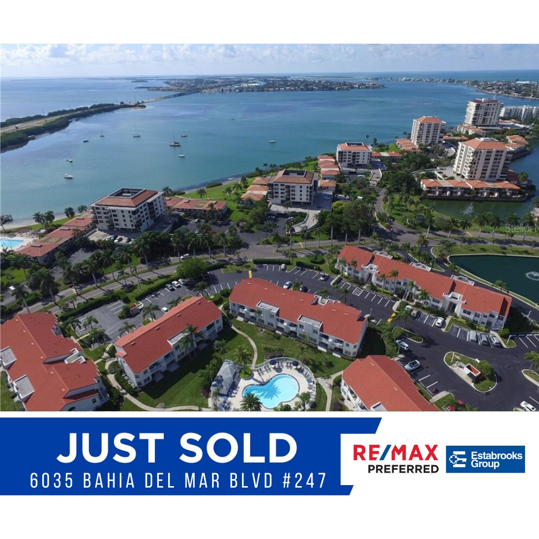 SOLD!    Congrats to our sellers on the sale of the Isla Del Sol condo!  If you, or anyone you know is looking for help selling their home, please get in touch  727-460-4061  #remaxpreferred #estabrooksgroup #justsold #rockstarrealtors #isladelsolpic.twitter.com/ofTlZFm2Z7