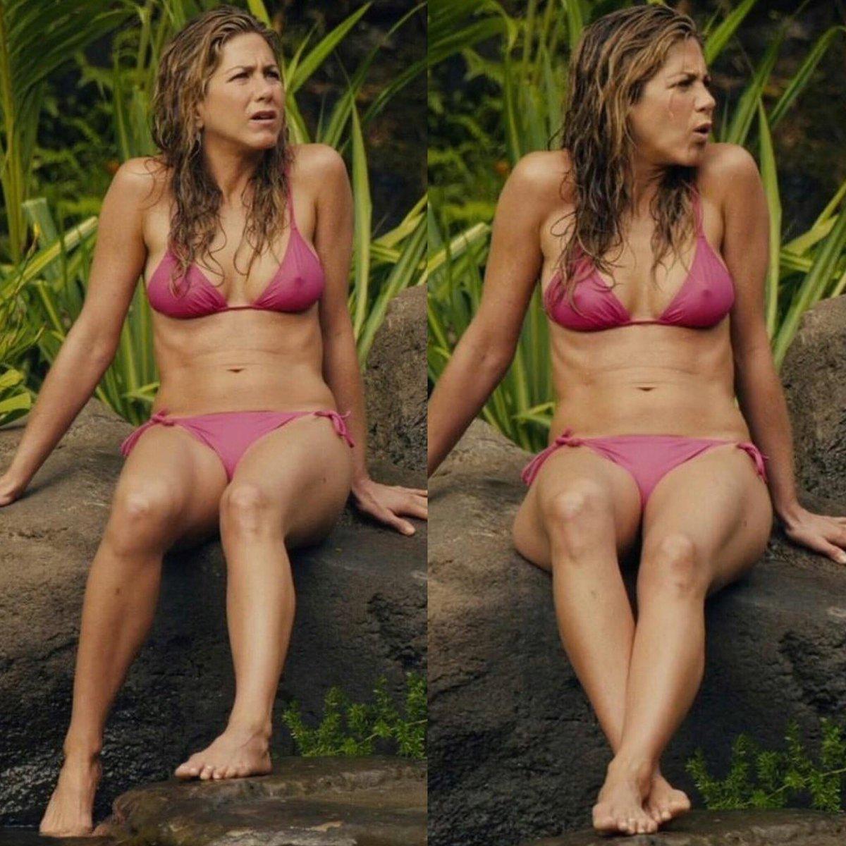 Jennifer aniston naked hairy pussy