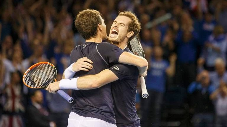 #nationalbrothersandsistersday  @andy_murray Throwback to  winning the doubles rubber versus Australia in Glasgow in 2015 Davis Cup https://t.co/teLXJkbaR4