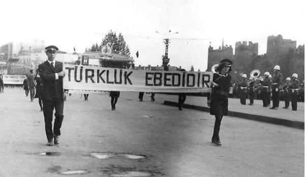 Taş kırılır, tunç erir ama Türklük ebedidir. Mustafa Kemal Atatürk #3MayısTürkçülerGünü