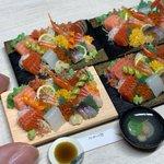 間違って食べてしまいそう?粘土で作られたお刺身の10種盛り合わせ!