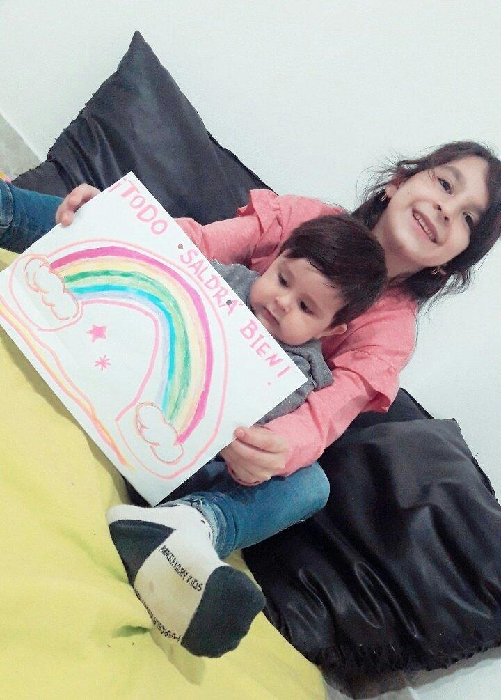 #ReDespiertos Holaaa!!! Desde Recreo.Catamarca por fi les pido pasen esta fotito q mis nietitos Emmita y Brunito hicieron para ustedes. Graaaciaass besoss 😘😘😘 https://t.co/q909oWGsQO