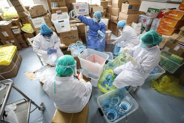A section of Kemri staff is on a go-slow over unpaid allowances and poor working conditions amid pandemic. Consequently, nurses, clinical officers, medical lab technologists and pharmacy techs have issued a 14-day joint strike notice. Thoughts? #Talk2Nation
