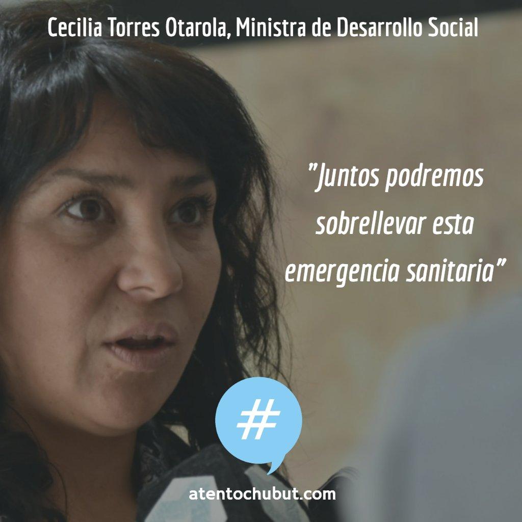 """La Ministra Cecilia Torres Otarola (@torresotarolach) lo señaló en el marco de un operativo de entrega de refuerzos alimentarios, """"acompañamos, conscientes de que juntos podremos sobrellevar esta emergencia, llegando a los sectores que más lo necesitan"""" 👉 https://t.co/FwOwdRbDCn https://t.co/S7krzIyvP1"""