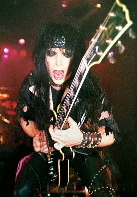 HAPPY BIRTHDAY TO THE GREAT  MICK MARS