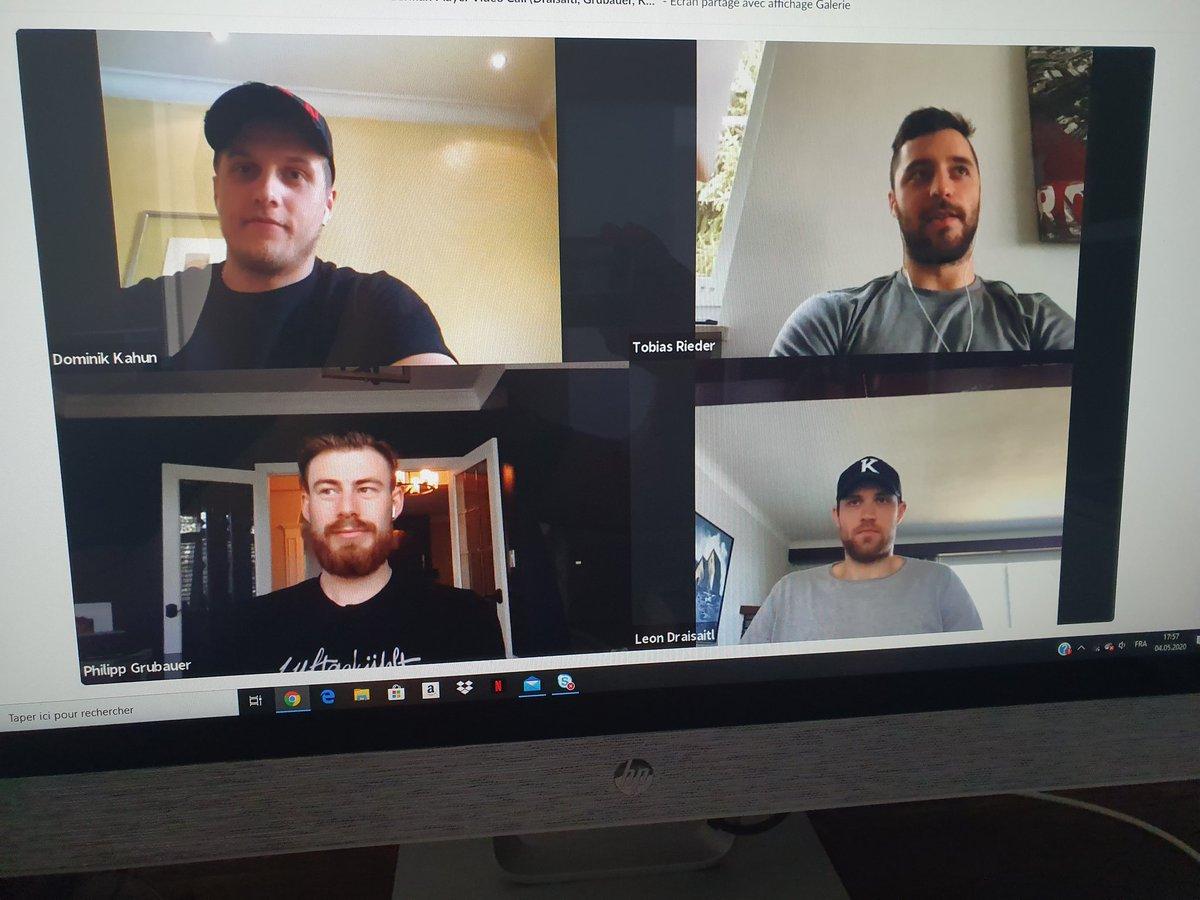 Un grand merci à la @NHL pour l'opportunité unique (ou presque) de poser des questions à ces joueurs allemands, dont la Megastar Leon Draisaitl #Oilers. #HockeyNeverStops https://t.co/J8bdMKTdrO