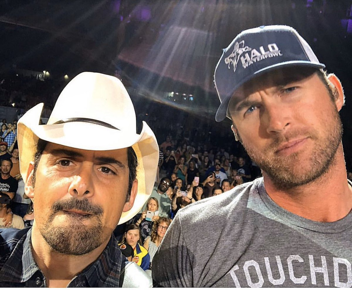 Throwback to mean mug selfies with @BradPaisley. #countrymusic #weouthereboys