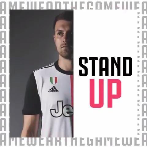 ⭐ Mostre que você está disposto a ganhar  ⚽️ A camisa assinada está no #WEARTHEGAME.  ▶️ Jogue agora  >> https://t.co/UezsQAuIx5   https://t.co/mJzWAOsxYE