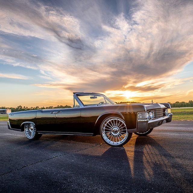 1965 Lincoln Continental on Forgiato Tecnica Wheels ⚡️