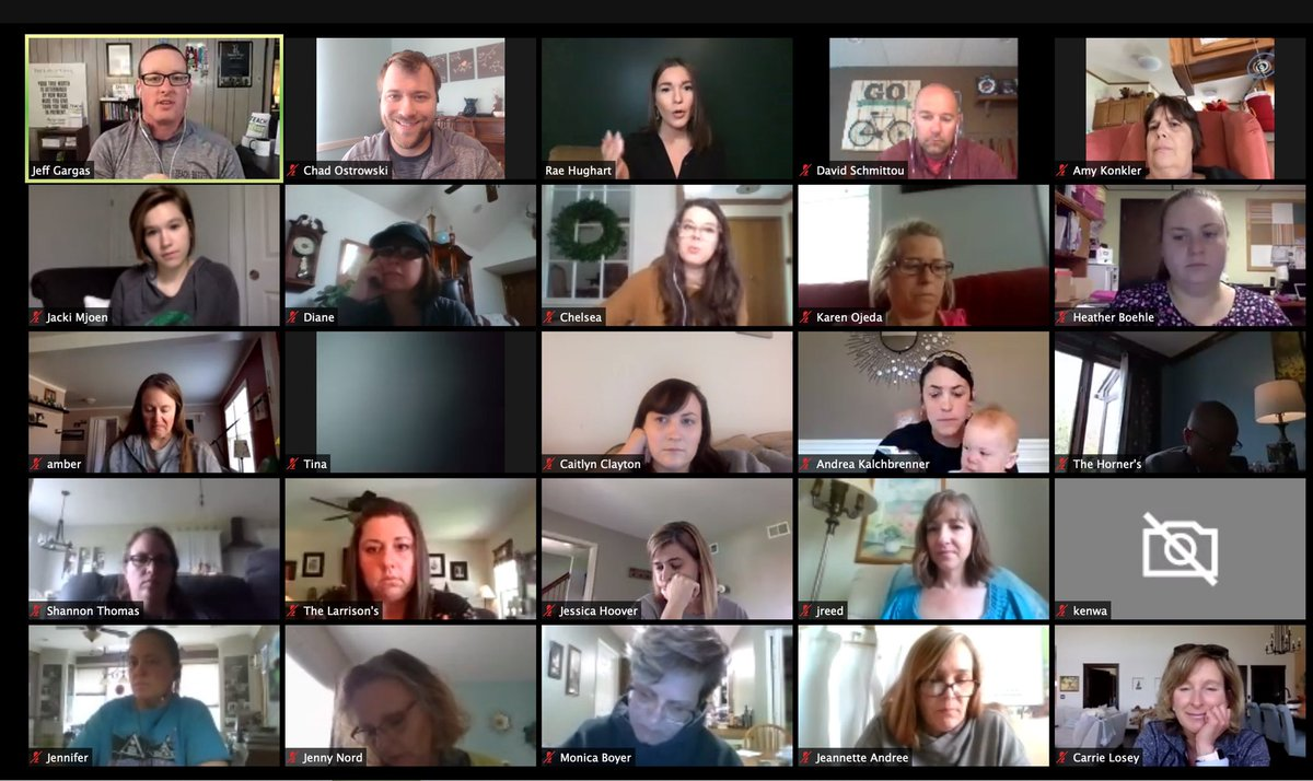 #teachbetter FREE webinar starting now!!! So many awesome educators here right now! @RaeHughart is rocking it!