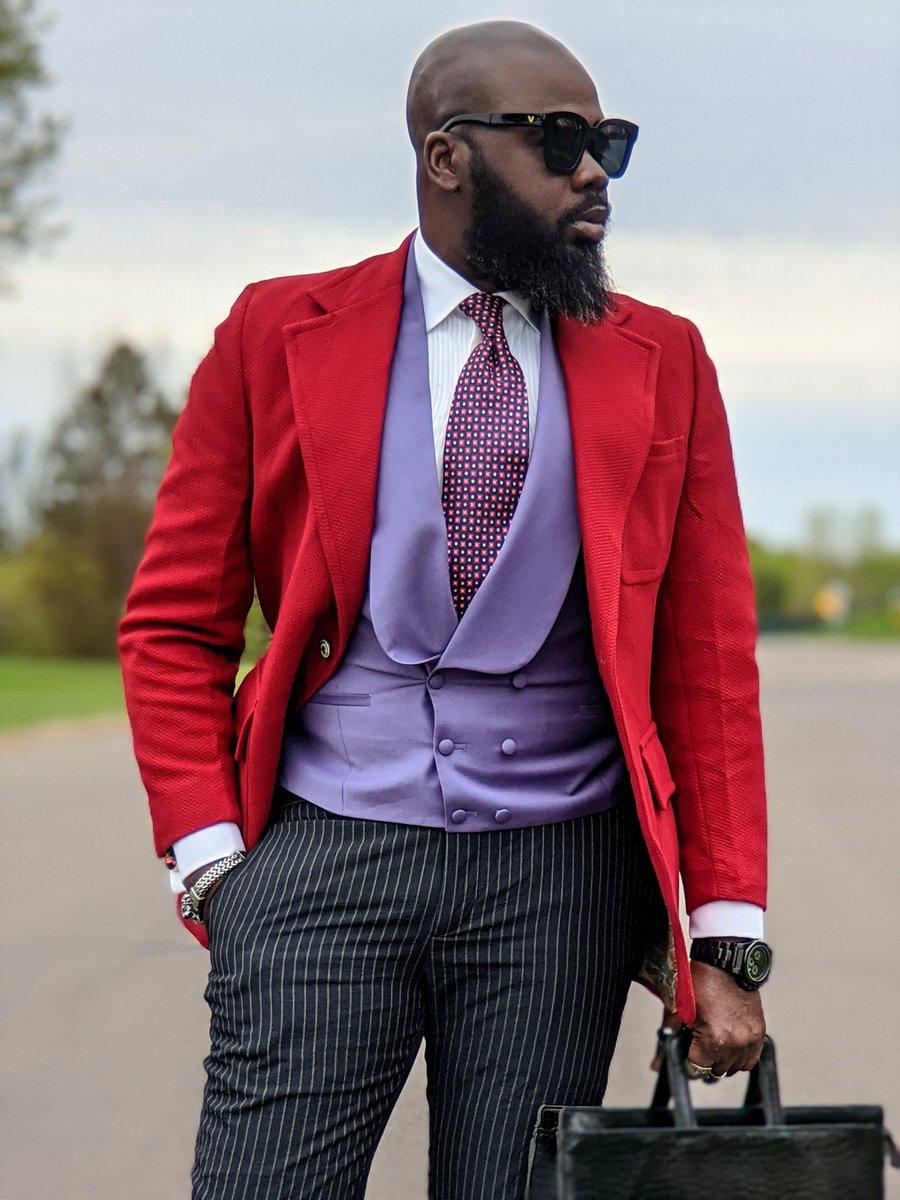 #moderngentleman #suitandtie #styleforum #menslook #dapperday #bestcasualoutfit #blackmenswear #suitgame #dapper #menstagram #dappermen #guywithstyle  #blackmenwithstyle #gentsfashion #fashiorismo #menblog #highfashionmen #mensapparel #menfashioner #bestofmenstyle #dapperlydonepic.twitter.com/TWfngbFOh8