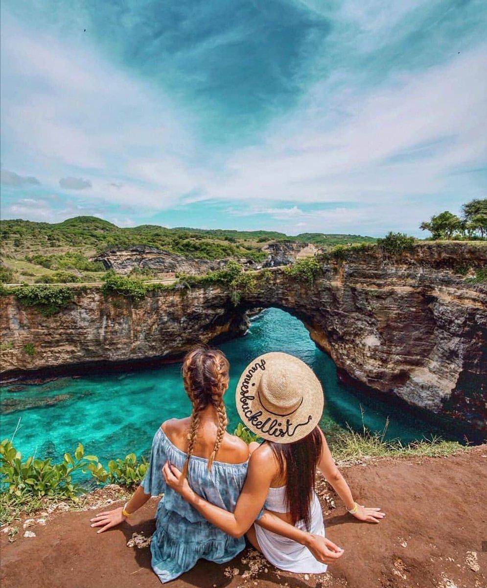 Would you go here?🏖 Tag someone you'd go here with! . Location 📍Broken Beach,Nusa Penida-Bali  #sayapbali #bali #brokenbeach #indonesia #agoda #klook #balitrip #nusapenida #nusalembongan #nusaceningan #giliisland #giliair #gilimeno #booking #traveloka #tripadvisor #trip #tour