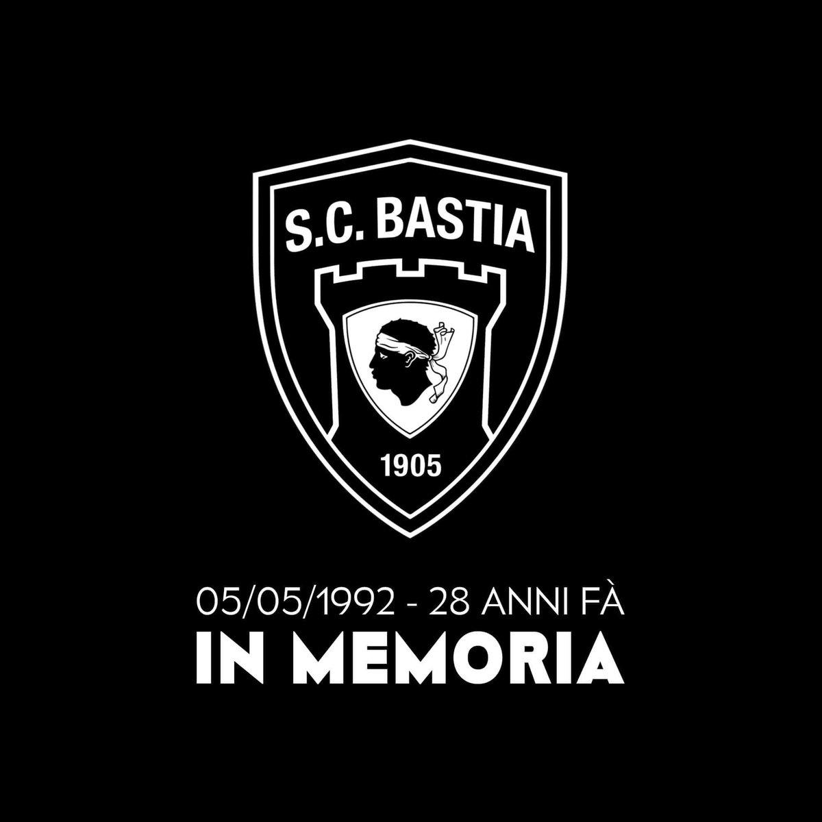 On n'oubliera jamais #pasdematchle5mai @renemalleville @Cyrilhanouna @BengousOueske