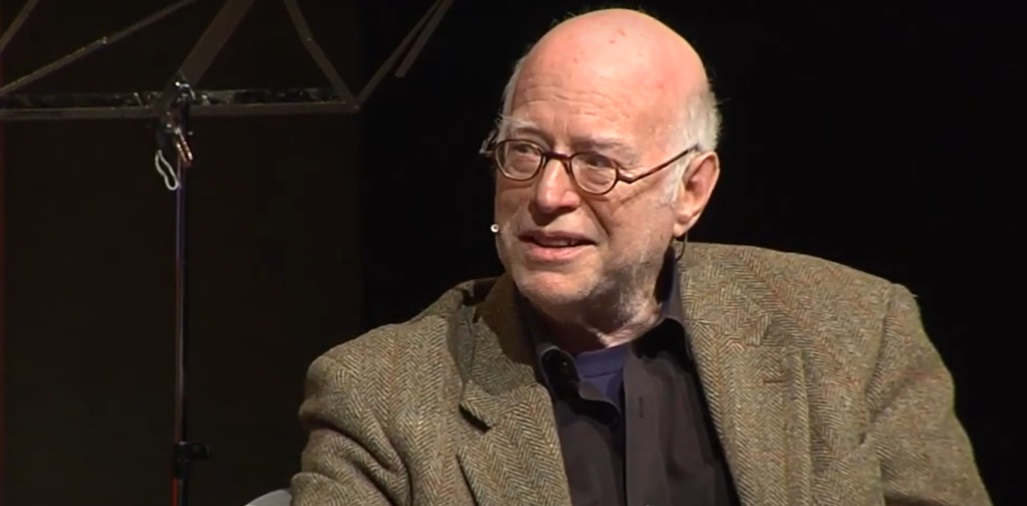"""Cities in the Pandemic"": splendid analysis by @richardsennett of issues in the city which will outlast the crisis. @CCCBDebats #publicspace #coronavirus https://bit.ly/35zBKw0 pic.twitter.com/ibxczjIhIY"