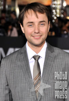 Happy Birthday Wishes going out to Vincent Kartheiser!