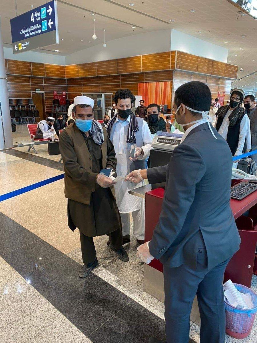 نخستین پرواز غرض انتقال مسافرین افغان مقیم کشور شاهی عربستان سعودی به افغانستان، امروز از شهر تبوک به مقصد کابل صورت گرفت ( ویزه خروج و عودت یا خروج نهائي ) می باشند و خواهان برگشت به کشور هستند، میتواند با  نمایندگی های شرکت های هوایی آریانا و کام ایر در جده در مورد تاریخ پرواز https://t.co/1Bl6UMDMmm