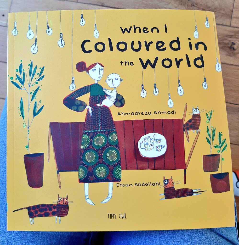 I adore this book by Iranian author Ahmadreza Ahmadi. Its about a child whose mother gives him crayons & he uses them to remove negative words for positive ones. Each time, adding more colour to the world. Gorgeous! #edutwitter #reading #books #picturebooks