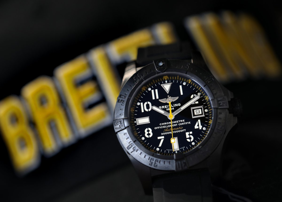 The Breitling Avenger Seawolf: Blacksteel, luminous markers, and yellow details make for an extra legible adventure watch.  https://swisswatchexpo.click/avenger-m17330  #Breitling #BreitlingAvenger pic.twitter.com/PSyLmhjS9t