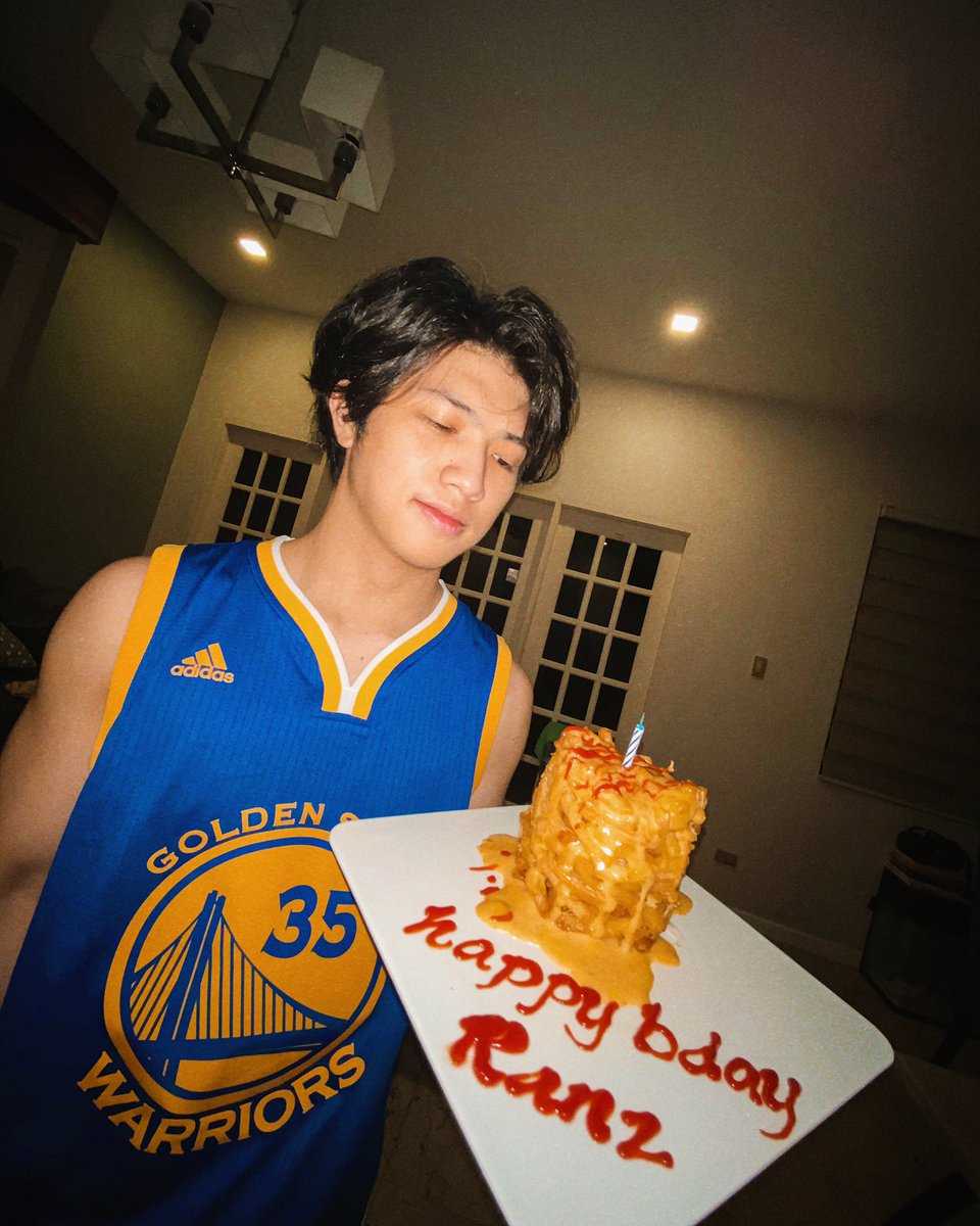 12am happy birthday to me 🥳thanks to my fam for this fries cake haha 🍟 May 06 2020