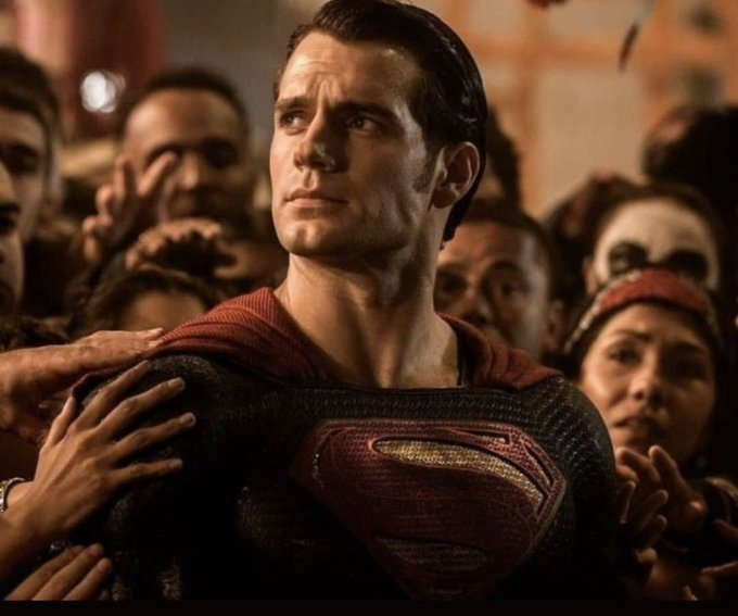 Happy birthday Henry Cavill! Have a good one Superman!