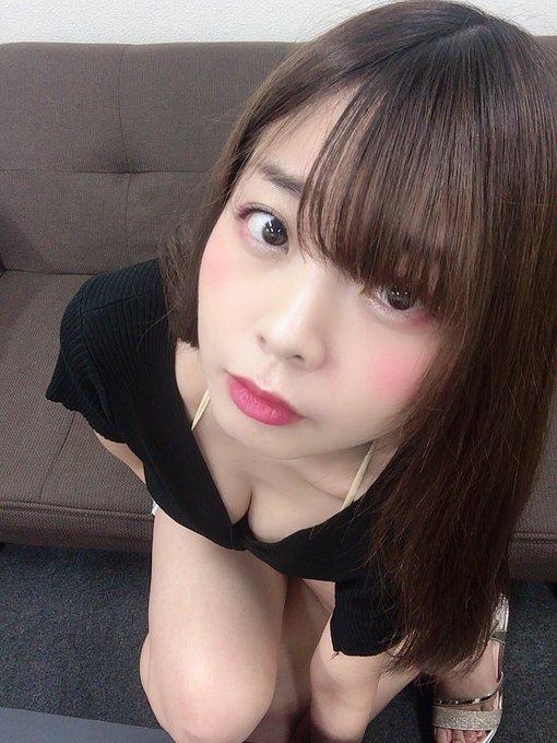 グラビアアイドル柚月彩那のTwitter自撮りエロ画像18