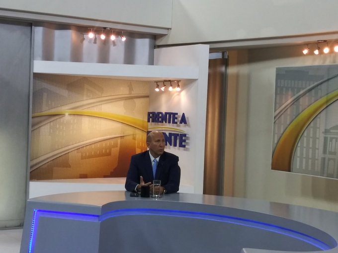 Simán: Medidas lanzadas por Bukele son excesivas
