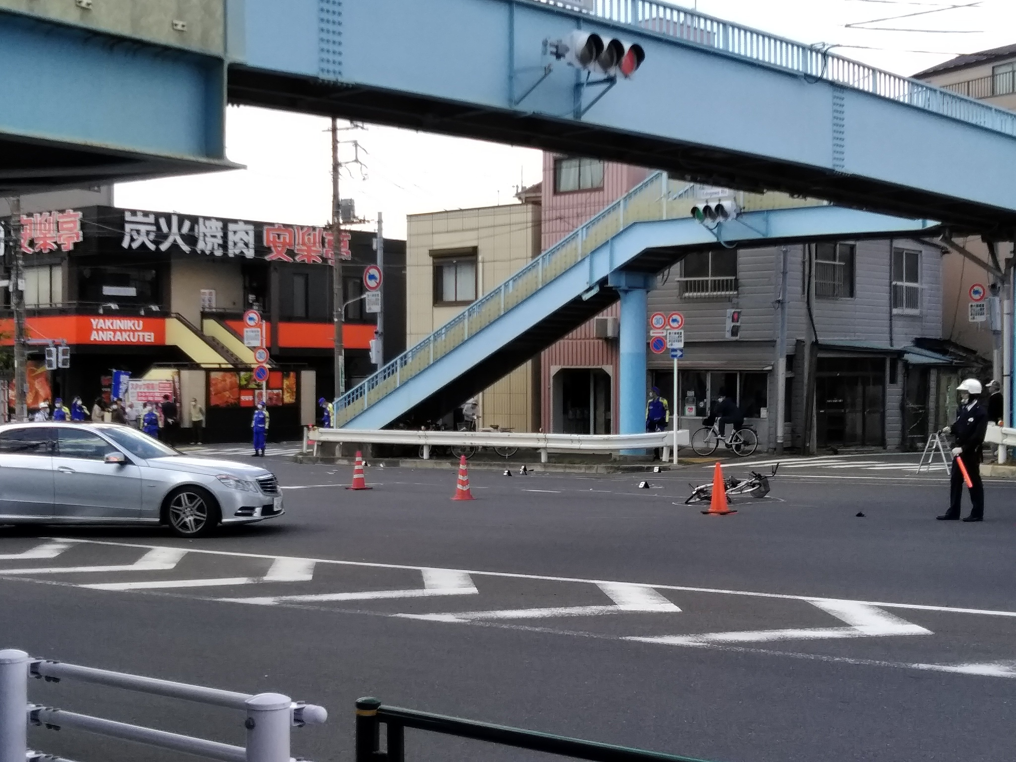 江戸川区の市川橋付近でひき逃げ死亡事件が起きた現場の画像