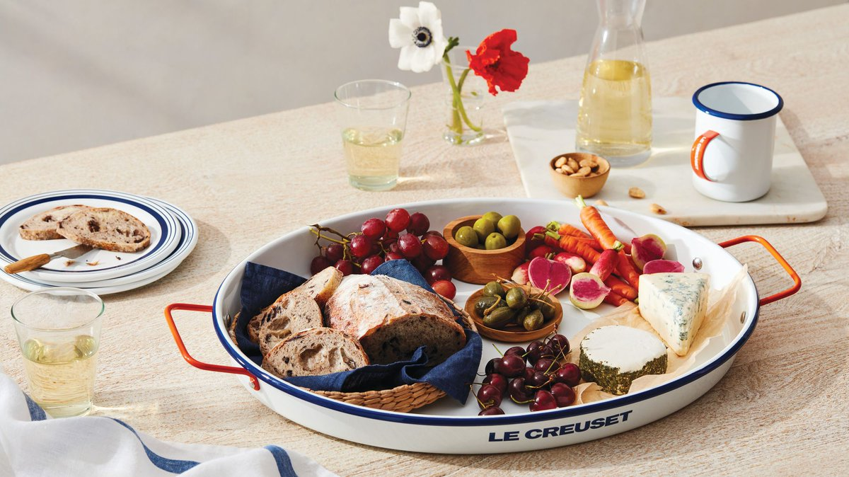 Crafted from premium carbon steel and finished with a colorful porcelain enamel, #LeCreuset's new Everyday Enamelware is perfect for casually sophisticated dining. Explore the collection: https://bit.ly/3fmIcLopic.twitter.com/5nm97fGaFx