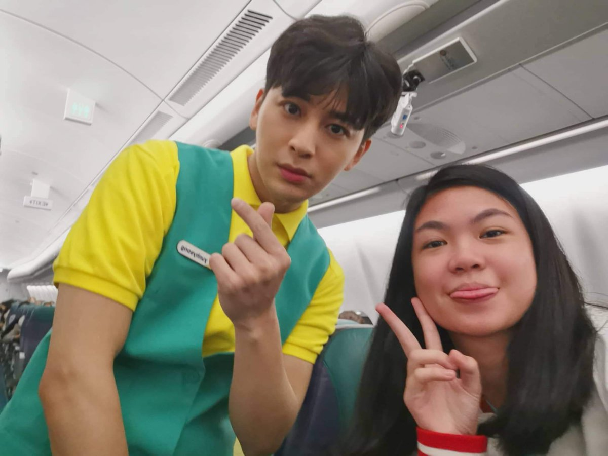 RT @_blckpnkx: lemme drop this pic of me w/ yunhyeong. 💫  [#iKONICSelcaDay #iKON #아이콘 #YUNHYEONG] https://t.co/aU3gBtmife