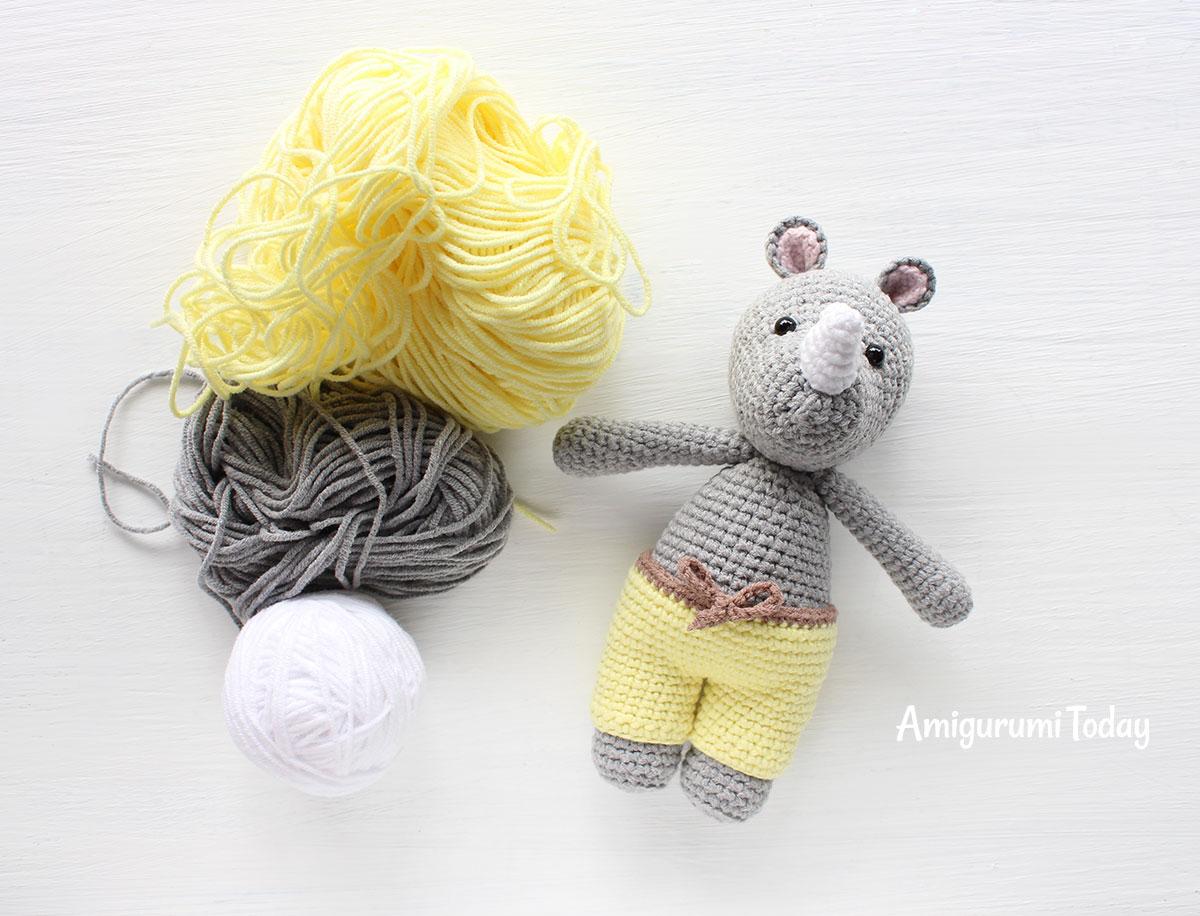 Cuddle Me Monkey amigurumi pattern - Amigurumi Today | 916x1200
