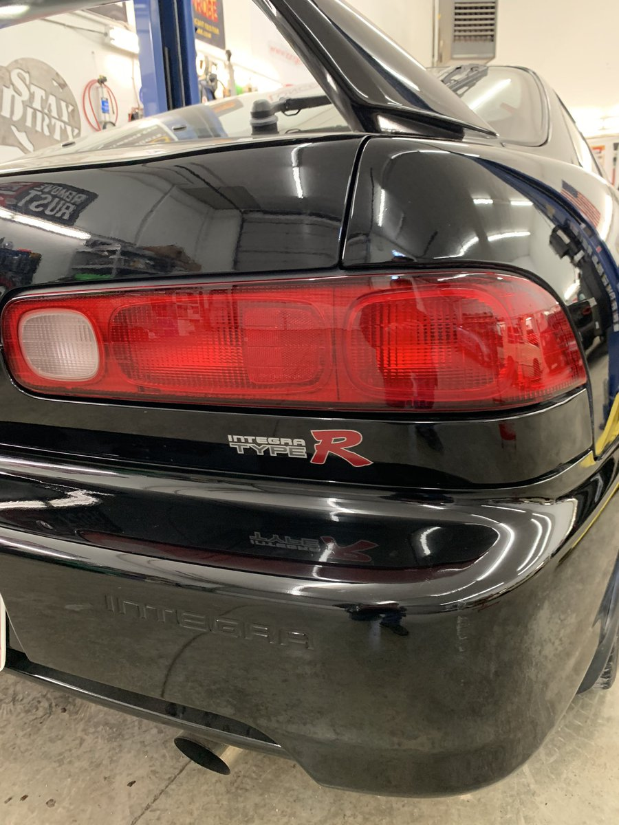 Now that's more like it. I feel better now. Name something that annoys you about your vehicle that you'd like to fix. #etcgblackbeard #integratyper #stickerspic.twitter.com/8nxNirLdcR