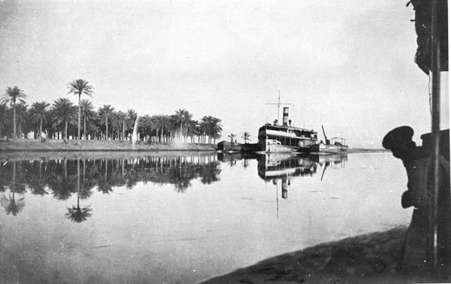 Al-Amarah - Iraq, January 1917 Photographer: Gertrude Bell ___  العمارة - العراق - كانون الثاني 1917 عدسة غيرترود بيل  #GilgameshNabeel #GertrudeBell #Iraq #Iraq1917 #OldPhotography pic.twitter.com/t6HC8Y4CQM