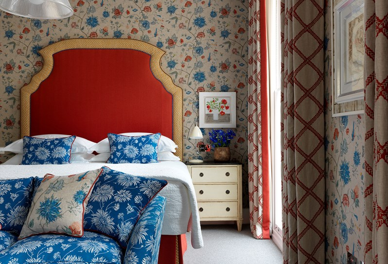 We are all looking for a little brightness in our day, so discover Design Threads from @Firmdale_Hotels.   Visit Kit Kemp's Design Thread blog here: https://t.co/YblFQl5rPG https://t.co/hAR2DK3aS8