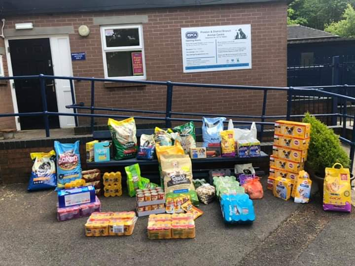 We would like to say a massive THANK YOU to the kind hearted people of Preston who have donated food for the animals in our care!  If you too would like to make a donation, we are in need of TINNED chappie and grain free dog food! You can also donate using the link in our bio! https://t.co/VVdCD4mjwl
