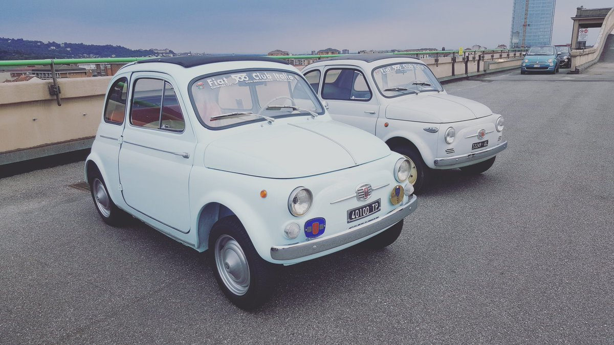 #throwbackthursday to when we celebrated the 60th birthday of the Fiat 500 🎉  #fiat500 https://t.co/ydShG2kj1w