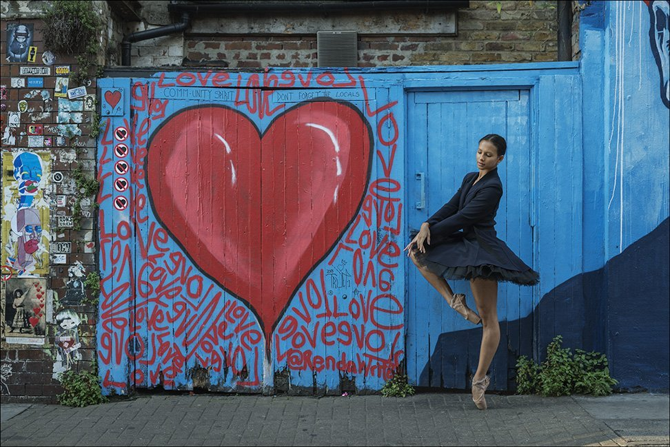 Sending good vibes your way #staysafe #thursdayvibes  #BallerinaProject pic.twitter.com/nRXSOcltXY