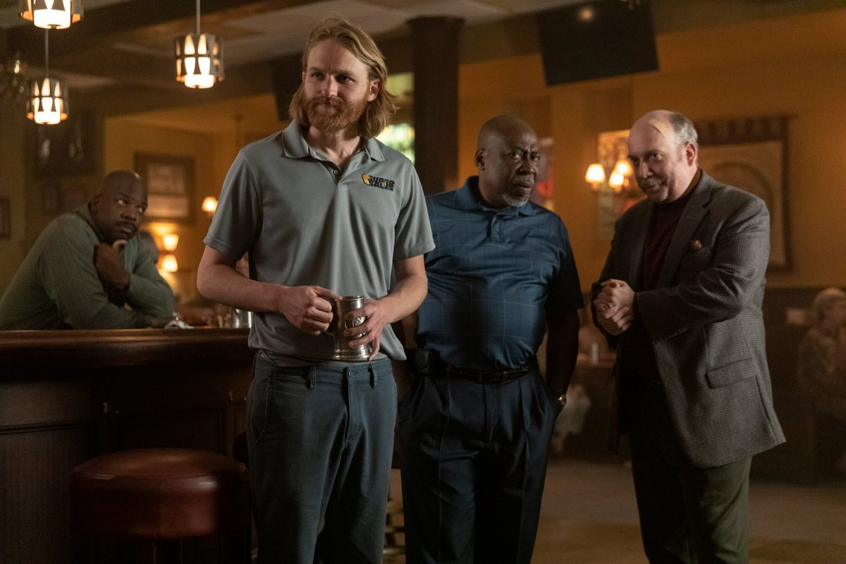 In today's edition of the @Lodge49 Rewatch, @JohnEBetancourt reflects upon the beautiful message present in 'Zugzwang', in that, sometimes we simply need to take a chance in life! #Lodge49 #Lodge49Forever #DrynxWithLynx