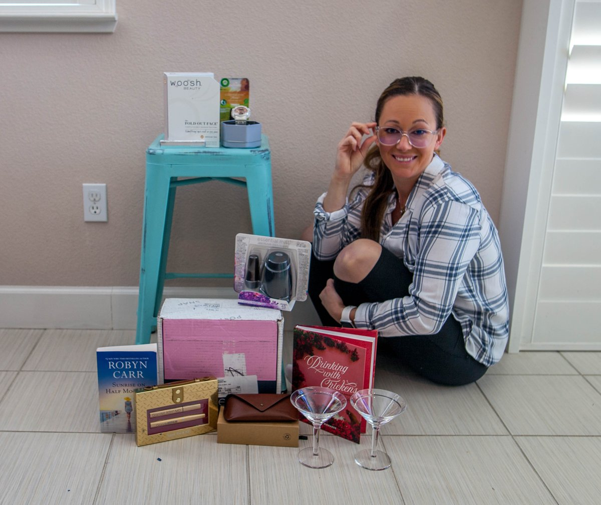 #ad Mother's Day Gift Guide -->https://theheartofdani.com/2020/05/05/what-i-want-for-mothers-day-gift-ideas-promo-codes/… <-- featuring #GiftsForSuperMomBBxx #AirWickUS  #EBDfamily #wooshbeauty #HarlequinBooks #BookClubbish #gshockwomen #GSHOCKRoseGoldpic.twitter.com/pWiNIMcI7P