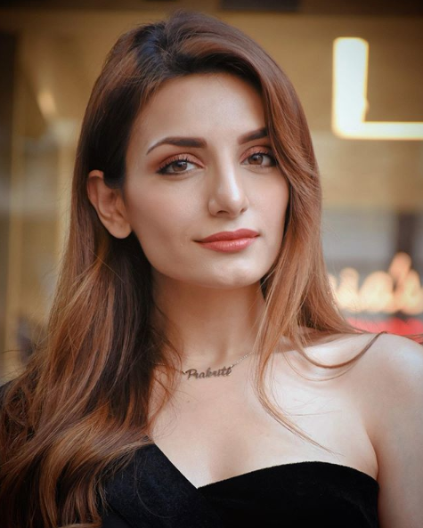 Many-many happy returns of today and a lot more upcoming days. May you always entertain this world with the same energetic performance, may God Bless you!  𝐖𝐞𝐛: https://webtafri.com/bollywood-celebrities-birthday-may …  #PrakritiKakar #8May #bollywood #actress #celeritiesbirthday #singer #hindisongs #rockstarpic.twitter.com/CrfE7dnczu