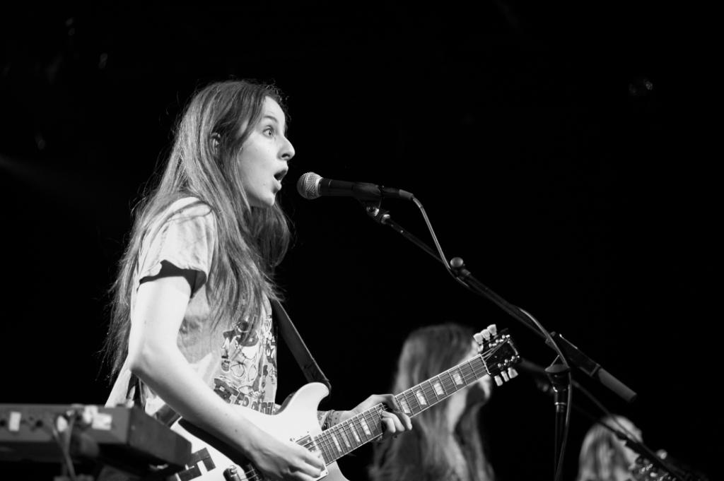 When you realize the weekend is nearly here 😮 #TBT to @haimtheband in October 2013   #throwbackthursday #haim #commodoreballroom #yvrconcerts https://t.co/uygSAfK8Q1