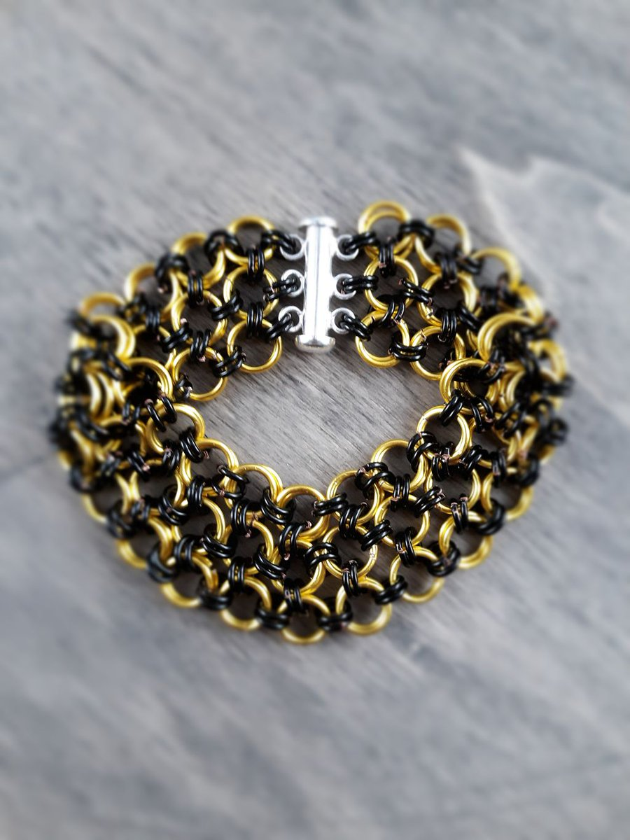 Golden Splendor is here!!  Only $10 and free shipping from our own website. Check it out!  #handmadejewelry #handmadejewelryforsale #handmadejewelrydesign #handmadejewelrysale #handmadejewelryWYO #handmadejewelrydesigner #handmadejewelrywithlove