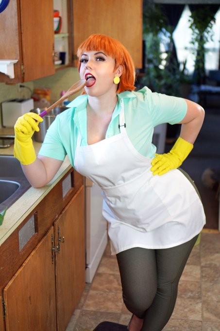1 pic. Dexter's Mom Photoset | $8 45 pics and 4 .gifs of my Dexter's Mom cosplay from Dexter's Lab  Features