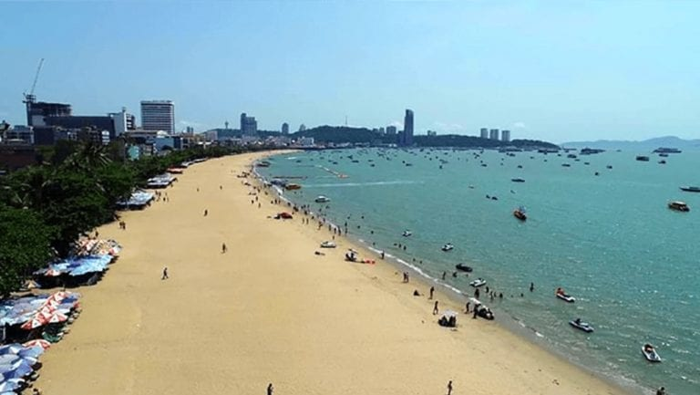 You're finally in Pattaya! No the city doesn't only come alive at night! Here's a guide on what you could do during the day in Pattaya Beach  https://pattayanightlifeclub.com/pattaya-beach-road-what-to-do-guide/ …  #pattaya #thailand #pattayabeach #beach #thailandbeach #blog #guidepic.twitter.com/QRofj9xajU