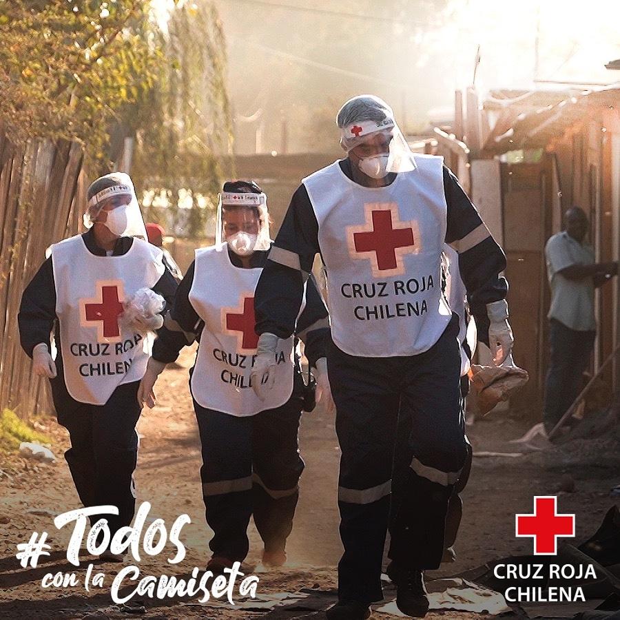 Muchas gracias a mis amigos de @CervezaCristal por sumarse a #TodosConLaCamiseta 👏👏👏. Con su donación contribuyen a que podamos entregar más insumos y servicios médicos en distintas partes de Chile en esta emergencia del Coronavirus https://t.co/y2x6DnOv4c